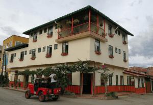 Fachada Hotel Veraneras